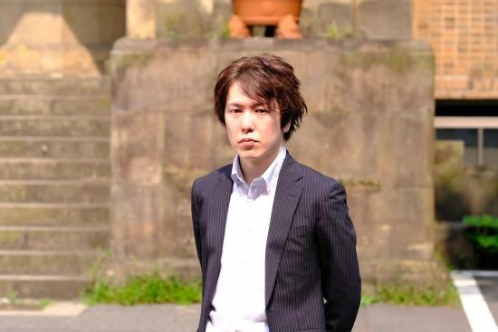 shohei-ohsawa-standing.jpg